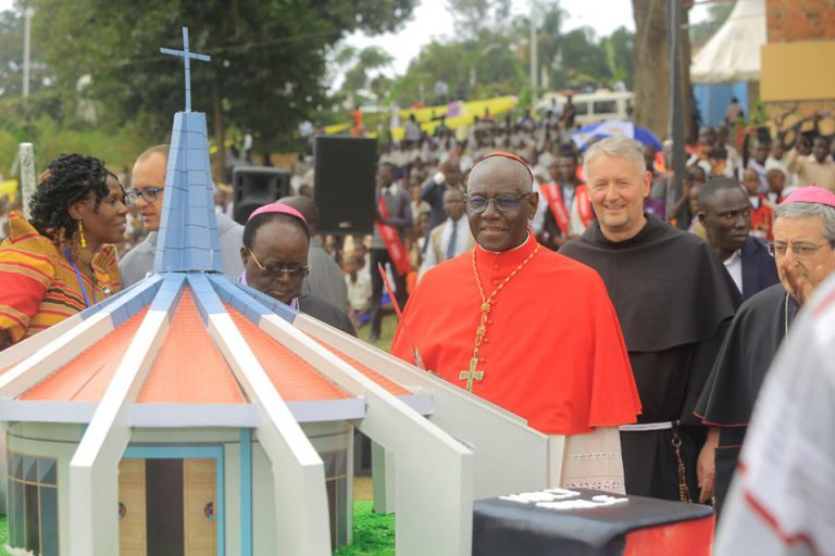 Cardinal Sarah Officiates at the elevation of Munyonyo Church to Minor Basilica